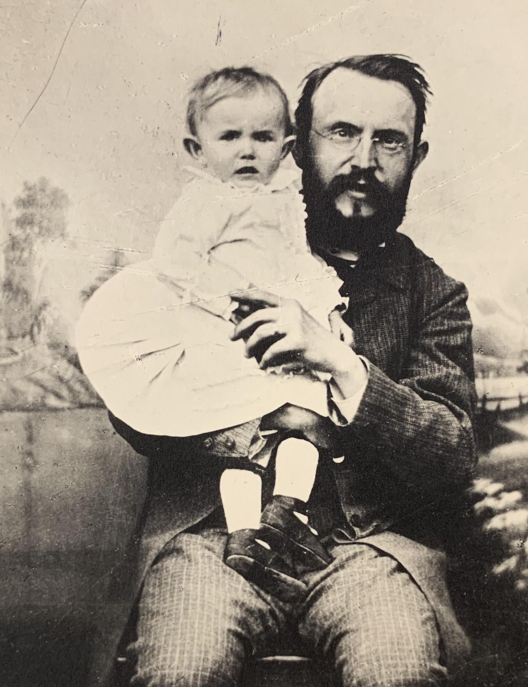 Otec Alois